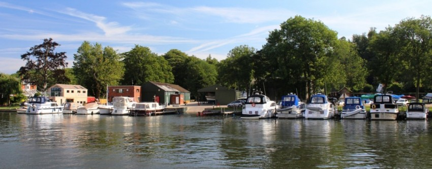 Willow Marina frontage 2015