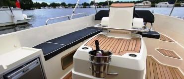 New Boat Sales to Order, Interboat, Corsiva