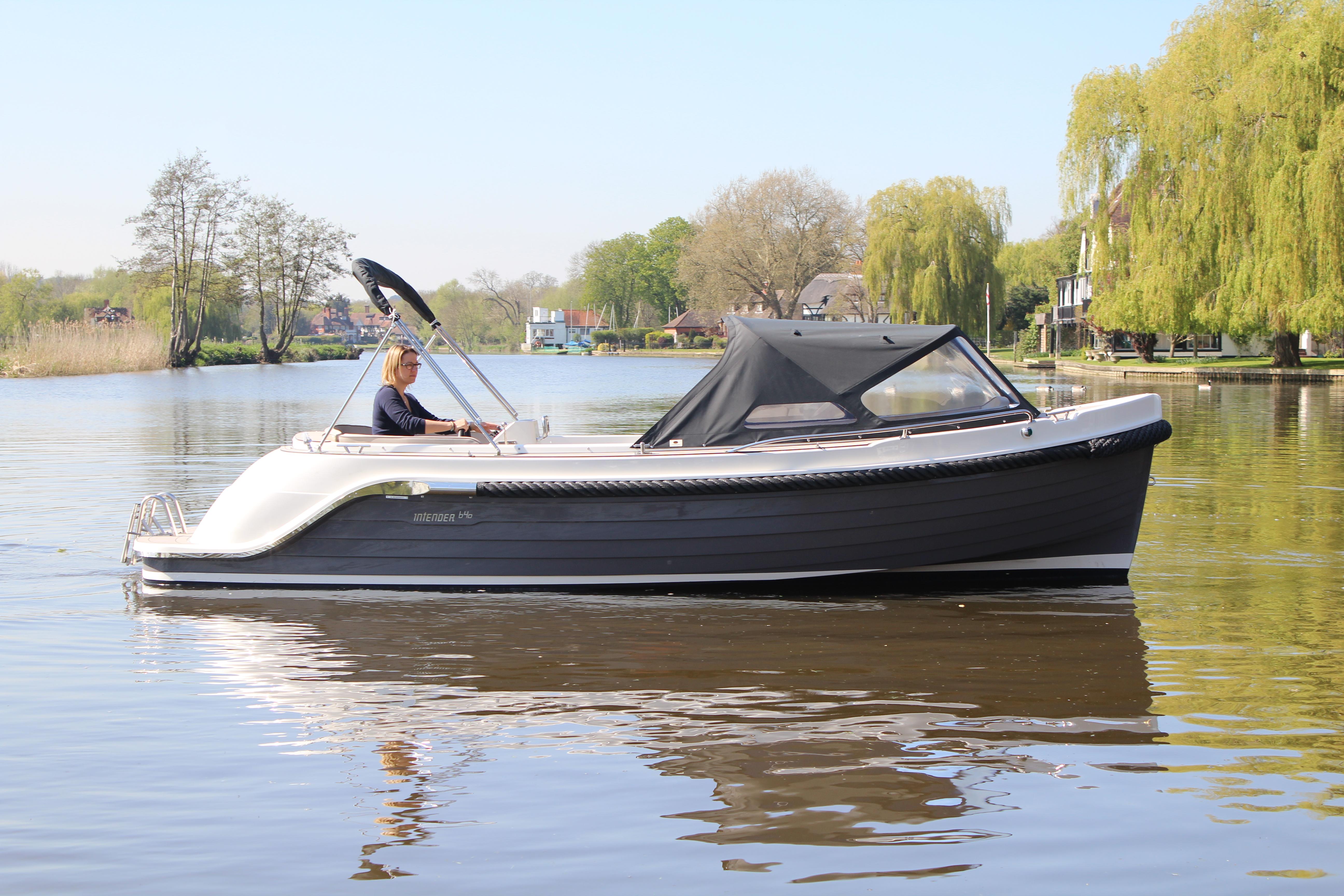 Interboat Intender 640