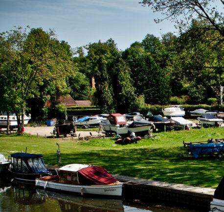 Trailer Boat Park